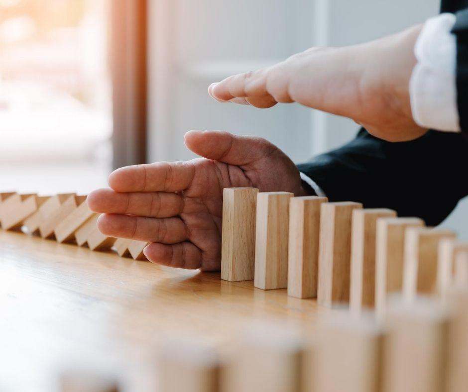 Investimenti-strumenti-rischio-politico
